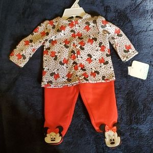 Minnie mouse 2 pice foot sweatsuit